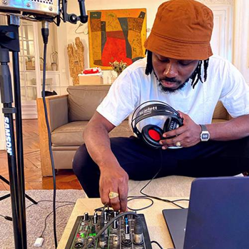 Niyi Kosiberu le mystère qui continue de planer autour de son EP